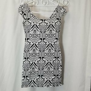 Divided By H&M Womans Size 6 Summer Dress